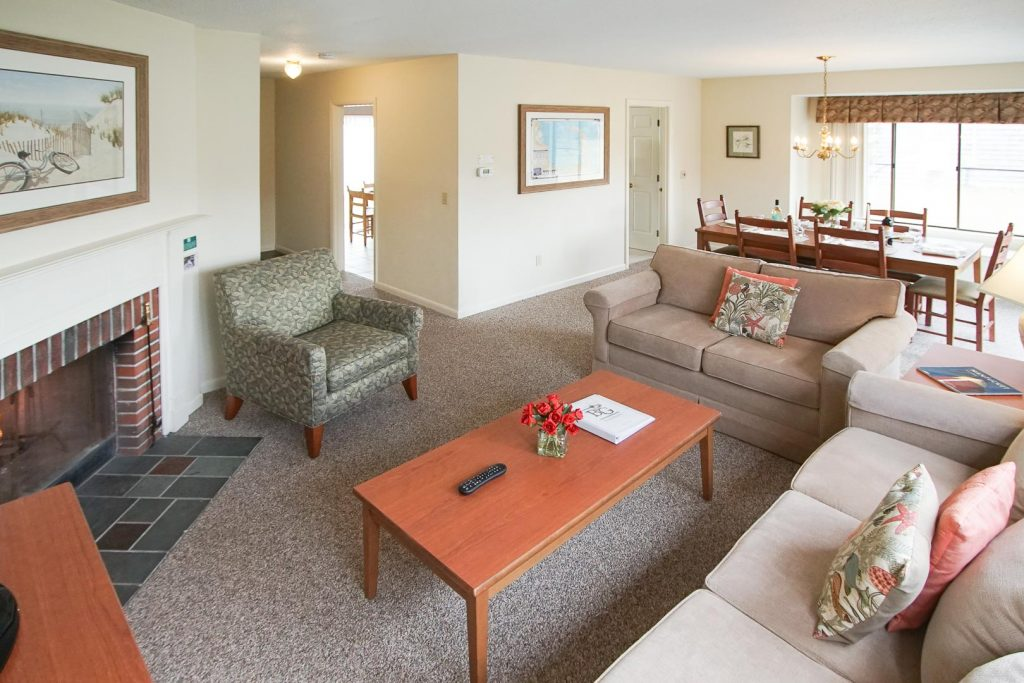 Fine Affordable Accommodations In Brewster Cape Cod Ma Ibusinesslaw Wood Chair Design Ideas Ibusinesslaworg